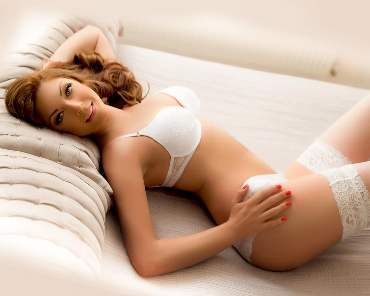 Erotic Fantasy Massage By Professional Masseuse Chloe in